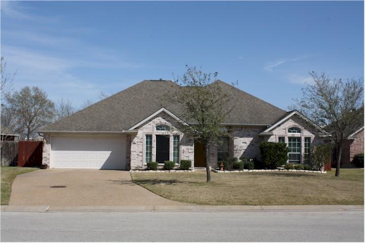 Home For Sale In College Station Texas 2043 Ravenstone Castlegate