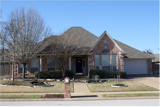 Home For Sale In College Station 9302 Whitney Lane Woodcreek